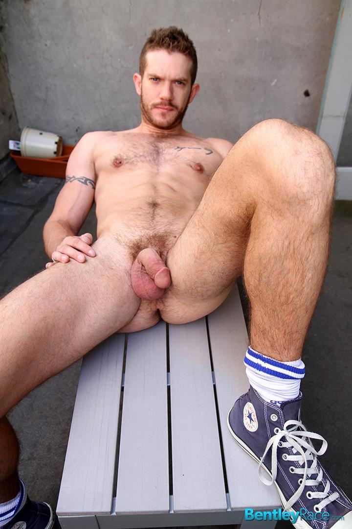 Bentley-Race-Skippy-Baxter-Redhead-Muscle-Hunk-Jerking-His-Thick-Cock-Amateur-Gay-Porn-21 Redhead Muscle Hunk Skippy Baxter Stroking His Thick Cock