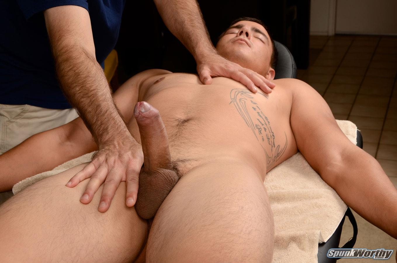 Masseur Gets Horny From The Guy He Massages