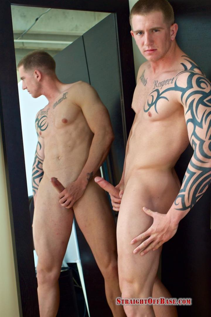 Straight-Off-Base-Shane-Naked-Marine-Jerk-Off-Amateur-Gay-Porn-11 Muscled Marine Corporal Jerks His Smooth Shaved Cock