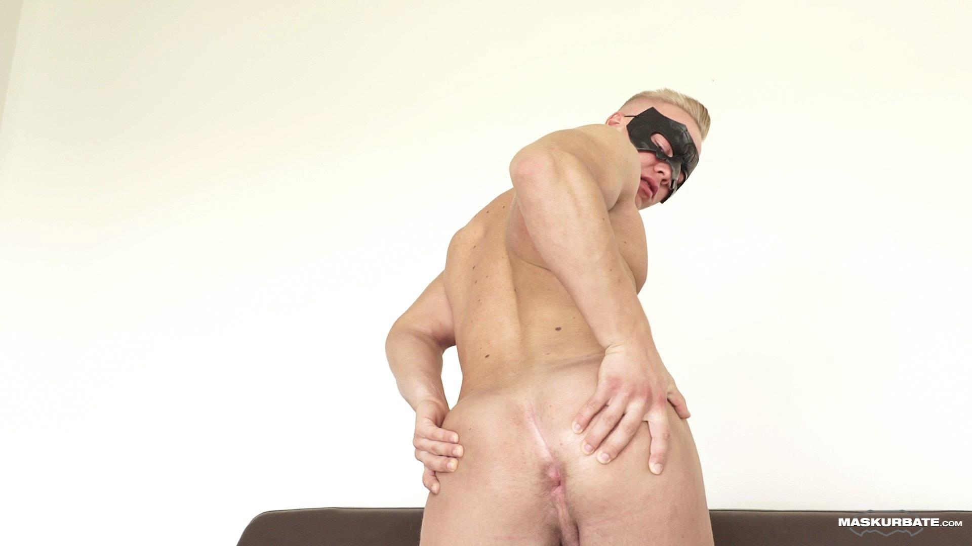 Maskurbate-Mickey-Big-Uncut-Cock-Muscle-Hunk-Jerking-Off-Video-09 Big Uncut Cock Blond Muscle Hunk Auditions For Gay Porn